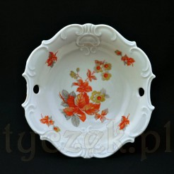 Stylowe kwiaty na porcelanie w kolorze ecru