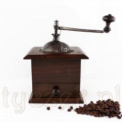 Zabytkowy młynek do kawy