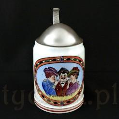 Zabytkowy porcelanowy kufel w kształcie pocisku