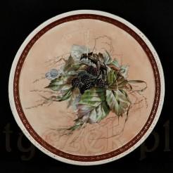 Pokaźnych rozmiarów taca pod bolę wykonana ze śląskiej porcelany.