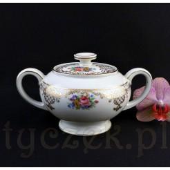 Elegancka cukiernica Rosenthal z kremowej porcelany z bukietem kwiatów