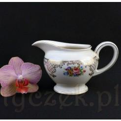 Mlecznik z markowej porcelany Rosenthal w piękne bukiety kwiatowe