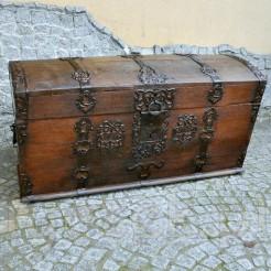 Rewelacyjny antyk z 1798 roku - skrzynia barokowa