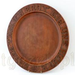 Ciekawy talerz z wyrzeźbionymi słowami modlitwy Chleba naszego w języku niemieckim