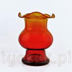 Dwubarwny wazon z kolorze rubinowej czerwieni i żółci.