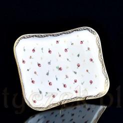 Idealna porcelanowa tacka do romantycznego podawania śniadania i nie tylko