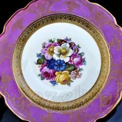 Pięknie zdobiony porcelanowy talerz