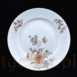 Uroczy talerz obiadowy z rosyjskiej porcelany w białym odcieniu