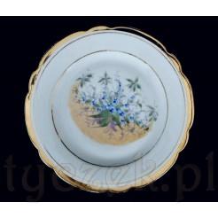 Ręcznie zdobiony talerz w niezapominajki