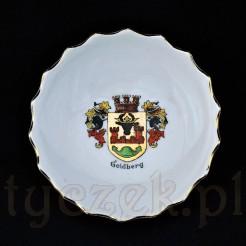 Malutki talerzyk do przekąsek z białej porcelany