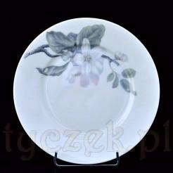 Śnieżnobiałą, szlachetną porcelanę zdobi motyw kwitnącej jabłoni w pastelowych barwach