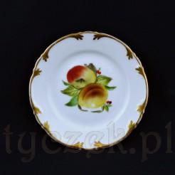 Cudowny talerzyk deserowy wykonany został z wałbrzyskiej porcelany w białym kolorze