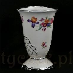 Wyjątkowy wazon z kremowej porcelany zdobionej srebrzeniami
