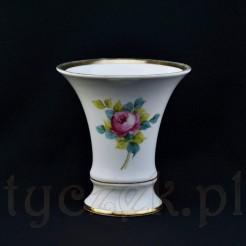 Dekoracyjny i użytkowy wazon z Wałbrzyskiej porcelany sygnowanej