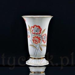 Potężny wazon wykonany ze śląskiej porcelany w kolorze kremowym (ecru)