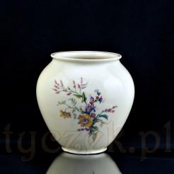 Pękaty wazon z ręcznie malowanym bukietem kwiatów polnych