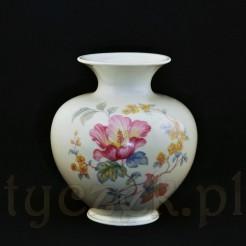 Pulchny porcelanowy wazon dekorowany motywem kwiatów