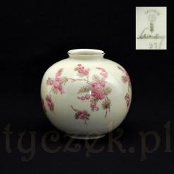 wytworny wazon porcelanowy marki Schirding z Bavarii