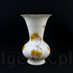 Porcelanowy wazon wykonany w dawnych Żarach