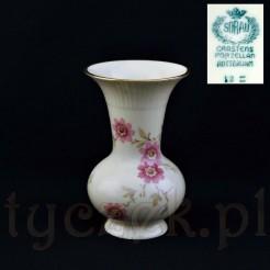 Doskonale zachowany wazon marki Sorau w kolorze kości słoniowej