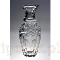 Kryształowy wazon o pięknej formie
