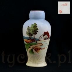 Zabytkowy wazon zdobiony motywem wiejskiej sielanki