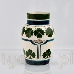 Secesyjny antyk ze zdobionej ceramiki z przełomu XIX i XX wieku