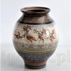 Ludowy wazon z ceramiki