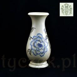 Zabytkowy wazon wykonany z markowej porcelany
