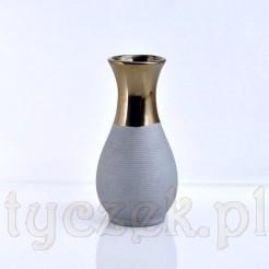 Nowoczesny Design - ceramiczny wazon pięknie zdobiony