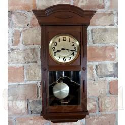 Prawie stuletni zegar do zawieszenia na ścianę