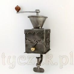 Ręcznie kuty młynek do kawy
