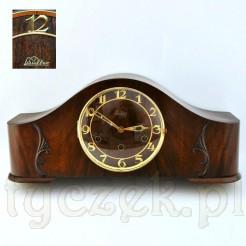 Kwadransowy zegar wahadłowy sygnowany Lauffer