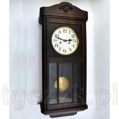 elegancja z okresu międzywojna w postaci zegara wiszącego