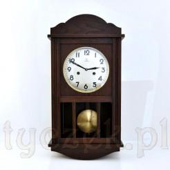Markowy zegar w klasycznej formie w pięknym stanie zachowania