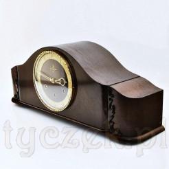 Klasyczna forma zegara kominkowo - bufetowego