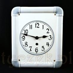Secesyjny zegar w stylu shabby chic