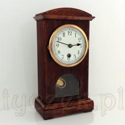 Dostojny zegar zabytkowy na komodę, kominek lub biurko