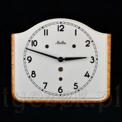 Gusowny zegar zabytkowy ze sprawnym werkiem wytwórni MAUTHE