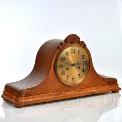 stary zegar Gustaw Becker w drewnianej skrzyni