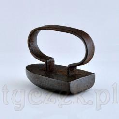 Zabytkowe żelazko z końca XIX wieku