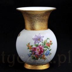 Markowy wazon zdobiony złotem 24 karatowym