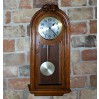 Duży, kwadransowy zegar wiszący z wyjątkową melodią ratuszową