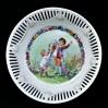 MISA ażurowa ze scenką rodzajową - Zabawa dzieci w ogrodzie