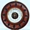 Ścienny okrągły barometr z lat 30.