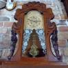 Niecodzienny zegar stojąco-wiszący z przełomu XIX i XX wieku