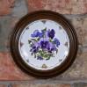 Porcelanowy talerz marki Royal Albert z roku 1990.