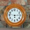 Jasno bukowy zegar GB w drewnianej, okrągłej ramie