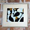 Kolorowa grafika z abstrakcyjnymi geometrycznymi kształtami.